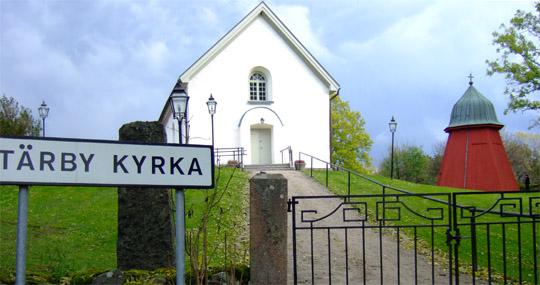 Tärby kyrka – den äldsta anslutna byggnaden i föreningen.